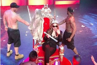 Mariah Carey Wound Up On Stage At Chippendales With A Bunch Of Shirtless Guys