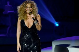 Mariah Carey's Las Vegas Residency: 10 Most Scathing Lines From The 'New York Times' Opening-Night Review