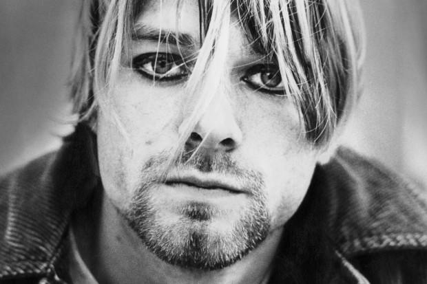 Kurt Cobain eyeliner black white