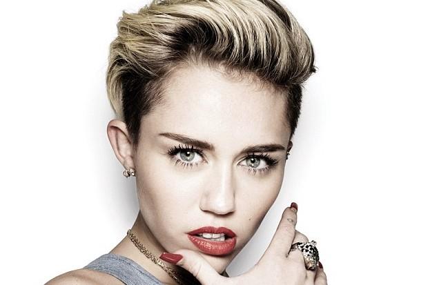Miley Cyrus short hair pretty beautiful Bangerz boobs main