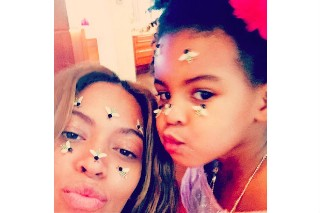 Happy Mother's Day: 10 Photos Of Pop Moms & Their Cute Kids