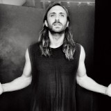 "David Guetta Talks 'Listen' & ""Hey Mama"""