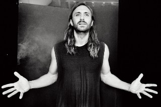 "David Guetta Talks New LP 'Listen,' Smash Hit ""Hey Mama"" & The Future Of Dance Music: Idolator Interview"