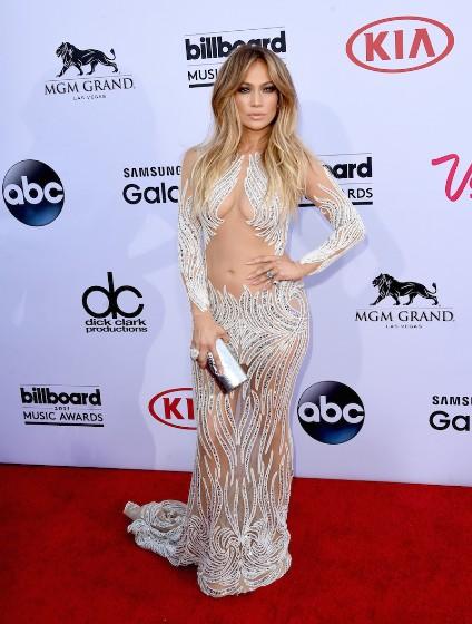 Jennifer Lopez Is Ultra-Sexy At The 2015 Billboard Music Awards