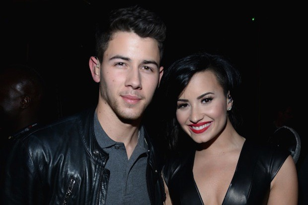 nick-jonas-demi-lovato-kiis-fm-jingle-ball