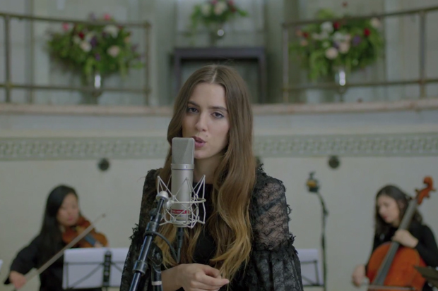 "Ryn Weaver Performs A Gorgeous Orchestral Version Of ""Pierre"" For Vevo LIFT: Watch"