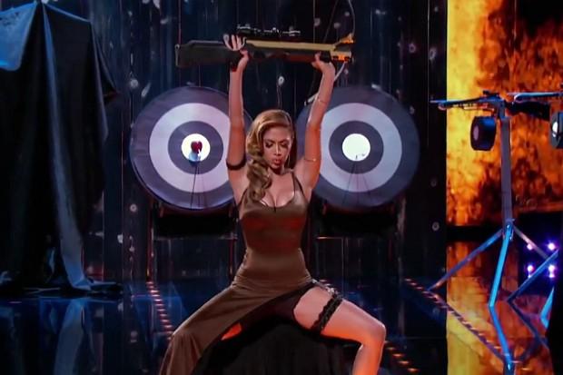 I Can Do That Nicole Scherzinger sexy crossbow legs boobs