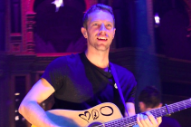 "Chris Martin Covers Prince's ""Raspberry Beret"" At Chords 2 Cure Benefit Concert: Watch"
