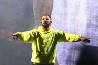 Drake Attempts To Bring The Jungle Tour To Governors Ball 2015 (Live Review)
