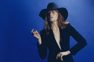 Florence + The Machine Scores First #1 On Album Chart, Jason Derulo's 'Everything Is 4′ Arrives In The Top 5