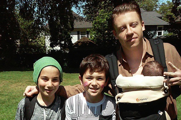 macklemore-father-kids-instagram