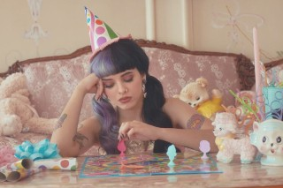 "Melanie Martinez Teases Debut LP 'Cry Baby' With A Delightfully Depressing ""Pity Party"": Watch"