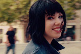 """Carly Rae Jepsen's """"Run Away With Me"""" Video Is A Carefree Joyride: Watch"""