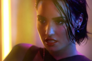 """Demi Lovato's """"Cool For The Summer"""" Gets Deconstructed In Dark And Dreamy VARA Remix: Listen"""