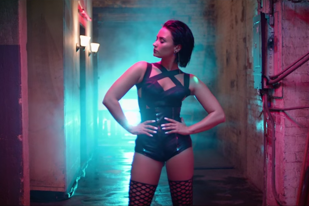 """Demi Lovato's """"Cool For The Summer"""" Video Is A Steamy, Lady-Filled Romp: Watch"""