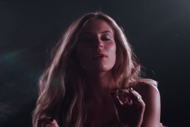 """FLETCHER Makes A Great First Impression With Her """"War Paint"""" Video: Watch"""