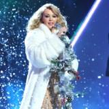 Kylie Working On Christmas Album