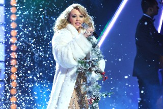 REPORT: Kylie Minogue Is Working On A Disco-Influenced Christmas Album