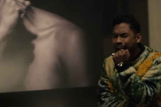"""Miguel Gets Aggressively Passionate In New """"…goingtohell"""" Video: Watch"""