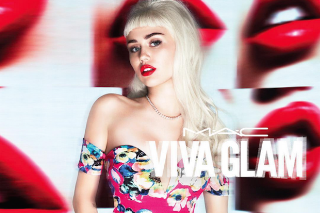Miley Cyrus Channels Her Inner Bombshell In New MAC Viva Glam Ad