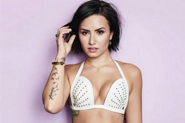 Demi Lovato Confident Cool For The Summer 2015