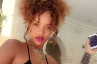 Rihanna Stuns In More Bikinis On Her Barbados Vacation: 6 Photos