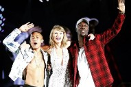 "Taylor Swift Joined By Nico & Vinz To Sing ""Am I Wrong"" In Vancouver: Watch"