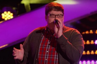 "'The Voice': Jordan Smith Steals The Show On Season 9 Premiere With Sia's ""Chandelier"""