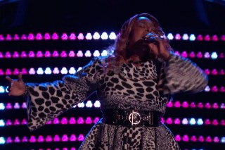 "'The Voice': Regina Love Sings Aretha Franklin's ""Rock Steady,"" Christina Grimmie Returns"