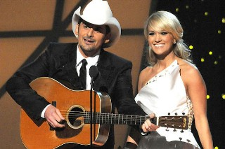 Carrie Underwood & Brad Paisley Return As Co-Hosts For 2015 CMA Awards: Morning Mix
