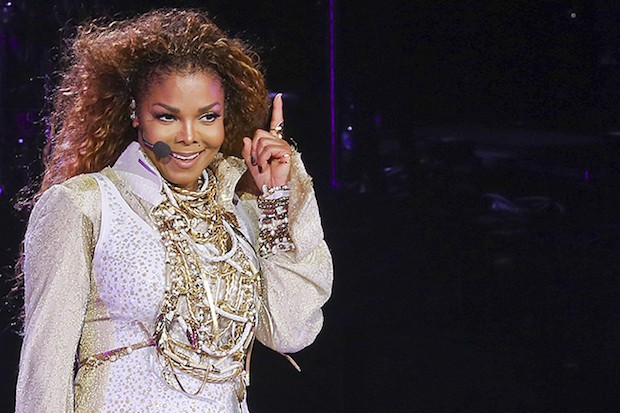 Janet Jackson kicks off Unbreakable Tour