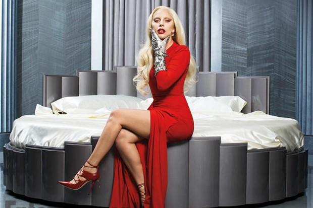 lady gaga ahs hotel bed