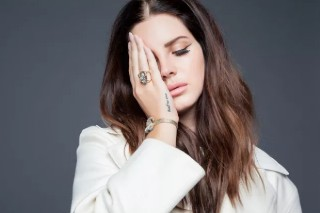 Lana Del Rey Covers 'NYLON Español' (Five Times): See The Pics