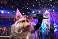 "Miss Piggy Raps Iconic Reese Witherspoon Diss ""I'm Sorry"" On 'The Muppets': Watch"