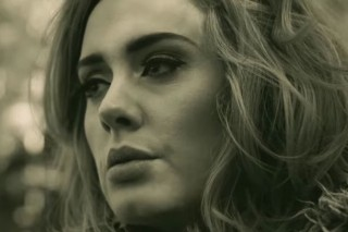 Adele Is Reportedly Negotiating A World Tour With A $30 Million Apple Sponsorship