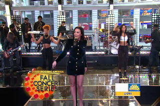"Demi Lovato Performs ""Confident"" On 'Good Morning America': Watch"