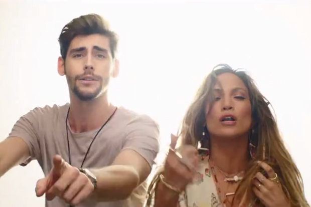 "Jennifer Lopez And Alvaro Soler Tease ""El Mismo Sol"" Video: Watch"