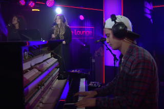 "Kygo & Ella Henderson Cover Taylor Swift's ""Wildest Dreams"" For BBC Radio 1 Live Lounge: Watch"