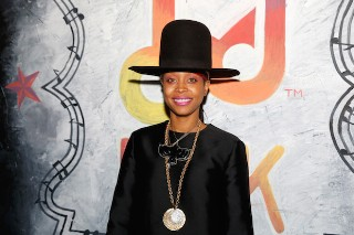 Erykah Badu To Host 2015 Soul Train Awards: Morning Mix
