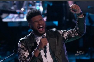 "'The Voice': Mark Hood Gives Soulful Performance Of Justin Bieber's ""What Do You Mean?"""
