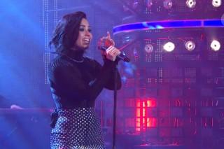 "Demi Lovato Delivers A ""Confident"" Performance On 'Swedish Idol'"