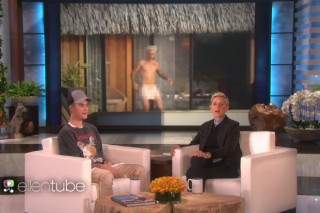 "Justin Bieber Talks Nude Photos & Selena Gomez, Performs ""Sorry"" On 'Ellen': Watch"