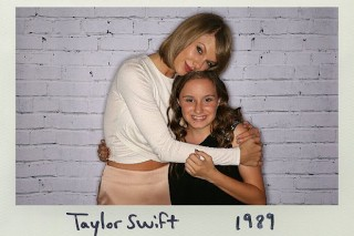 Taylor Swift Meets Young Fan Who Is Losing Her Hearing: Morning Mix