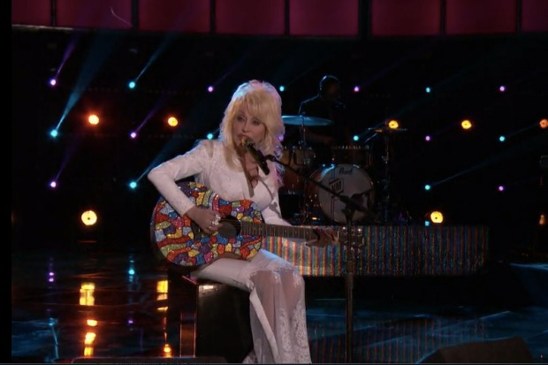 Dolly Parton The Voice Coat Of Many Colors 2015