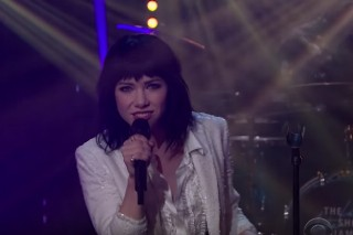"""Watch Carly Rae Jepsen Do """"Last Christmas"""" On 'The Late Late Show'"""