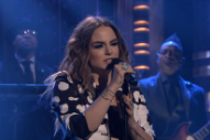"JoJo Performs ""When Love Hurts"" On 'Tonight Show Starring Jimmy Fallon': Watch"