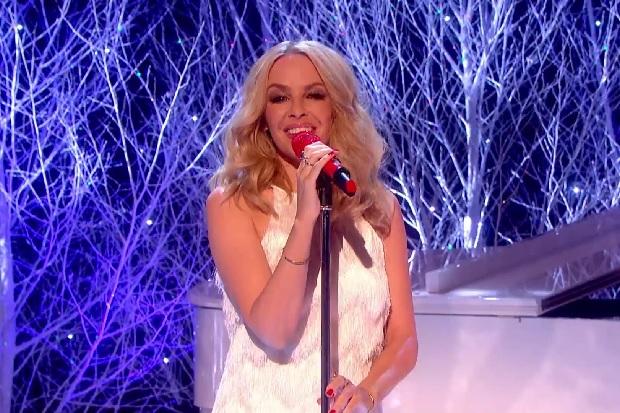 Kylie Minogue Performs Winter Wonderland On Graham