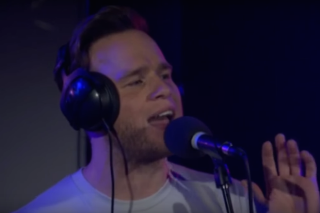 "Olly Murs Covers One Direction's ""Perfect"" For BBC Radio 1 Live Lounge: Watch"