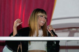 "Nicki Minaj Raved About Adele's ""Monster"" Cover"