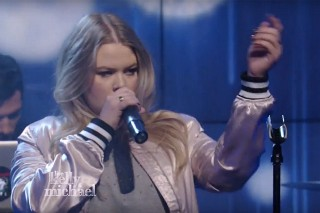 """Watch Grace Give Epic """"You Don't Own Me"""" Performance On 'Live With Kelly And Michael'"""